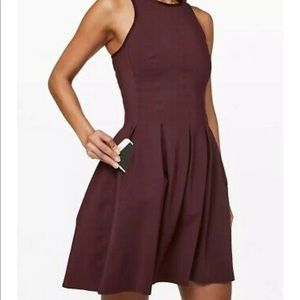 LULULEMON HERE TO THERE DRESS Bordeaux Drama